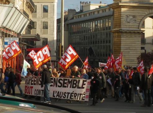 Parti communiste français représenté à la manifestation de Dijon contre la réforme des retraites
