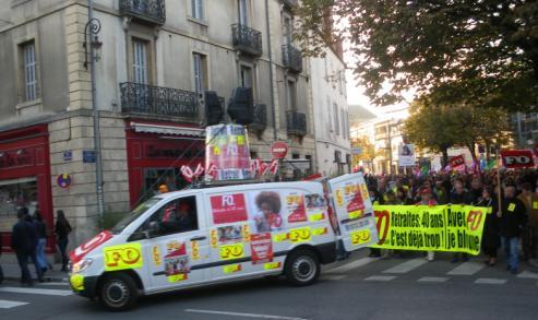 """syndicat """"FO"""" à la manifestation de Dijon contre la réforme des retraites"""