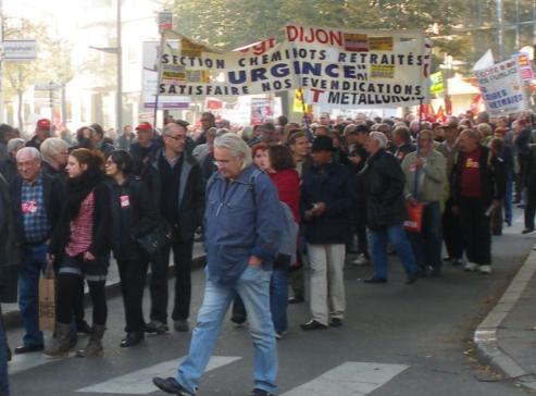 """syndicat """"CGT cheminots retraités Dijon"""" à la manifestation de Dijon contre la réforme des retraites"""