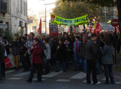 """syndicat CGT sécurité sociale, CRAM, CPAM, CAF Dijon, URSSAF Dijon"""" à la manifestation de Dijon contre la réforme des retraites"""